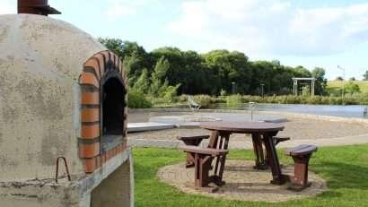 Pizza Outside the Hub