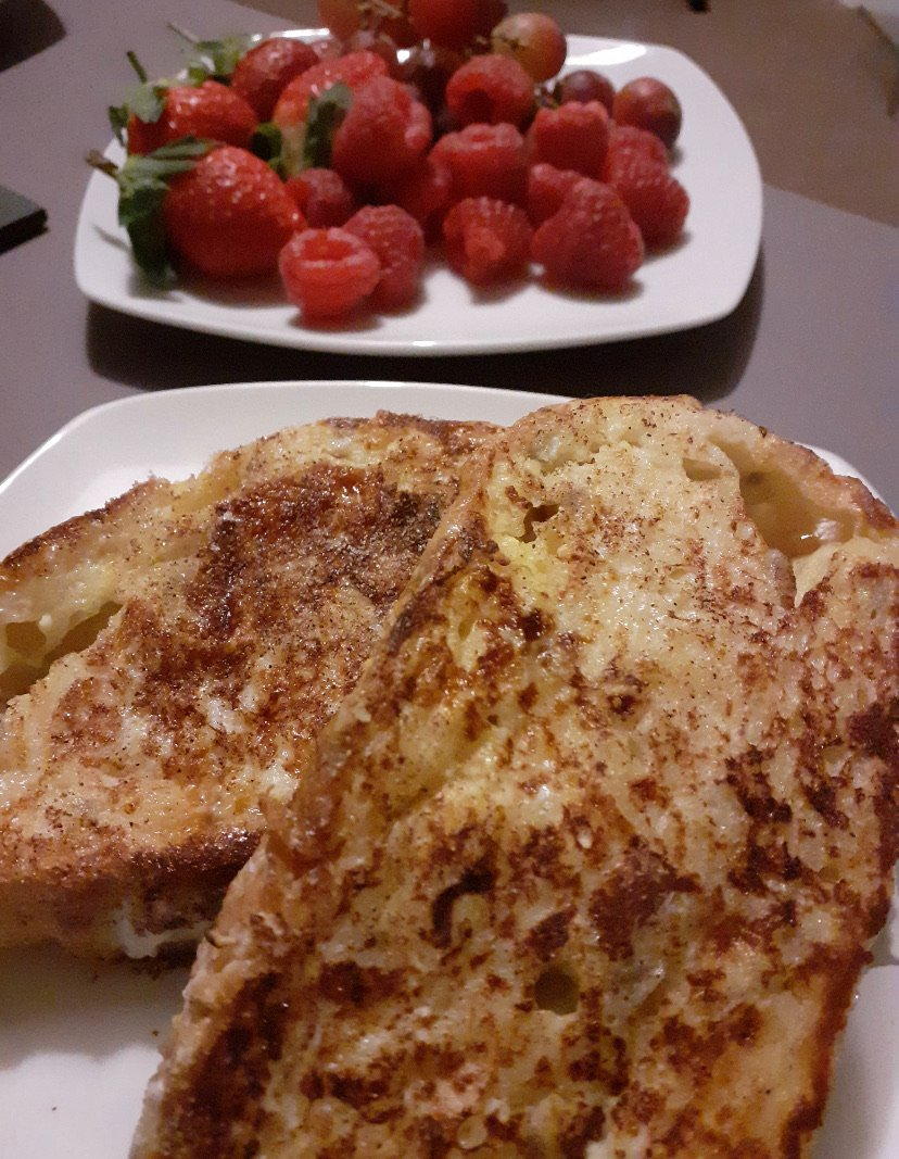 pancakes and raspberries